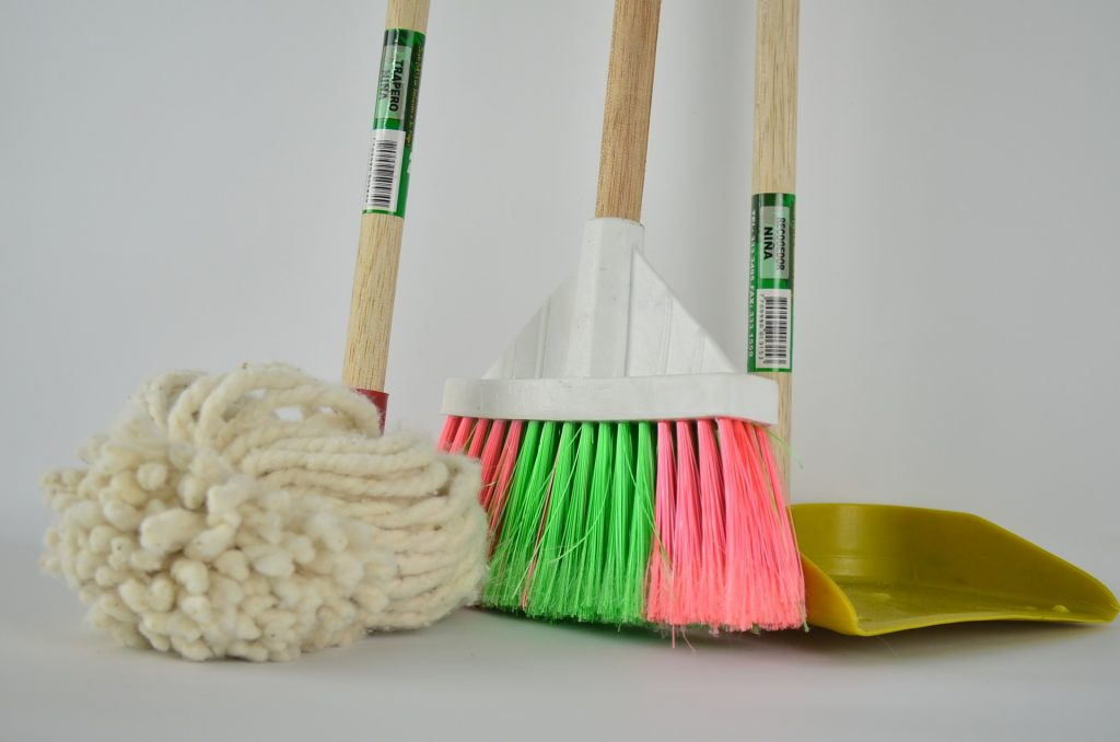 cleaning services and cleaner services - home.offices and apartments